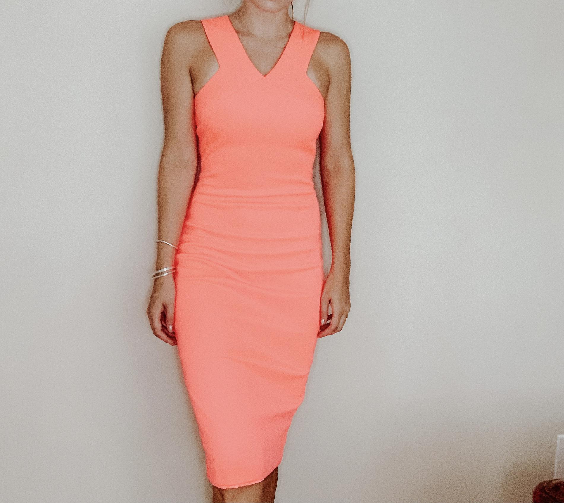 Ted Baker Pink Size 0 Bodycon V Neck Wedding Guest Straight Dress on Queenly