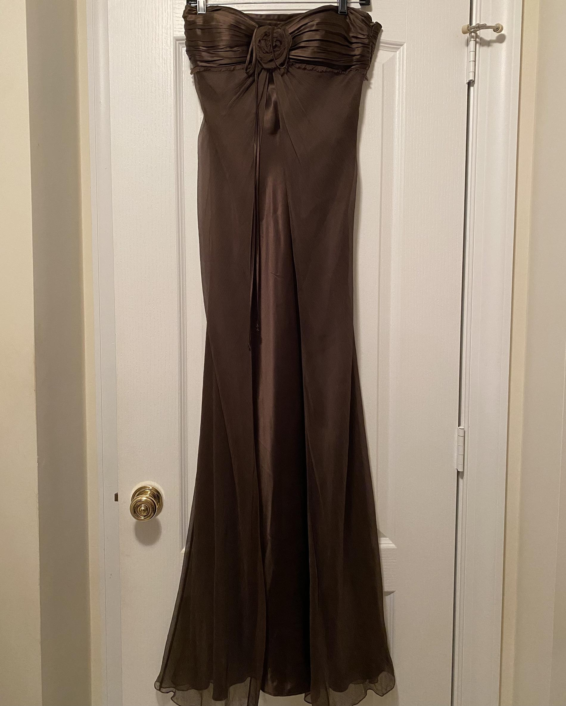 Laundry Gold Size 6 Wedding Guest Silk Straight Dress on Queenly