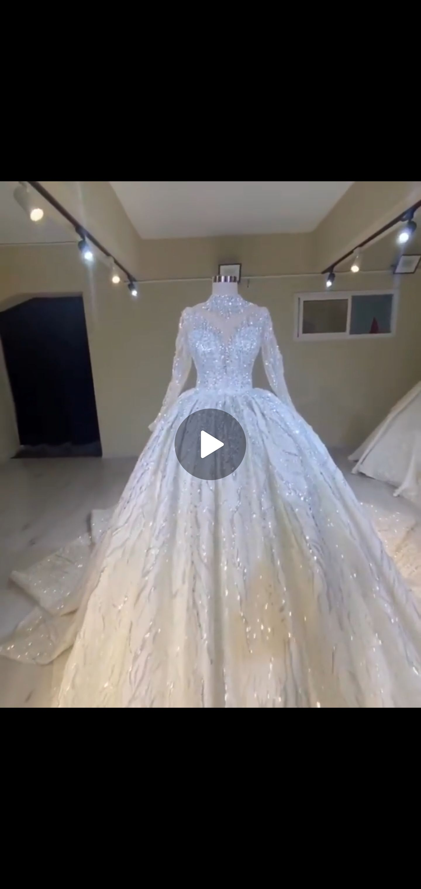 White Size 10 Ball gown on Queenly