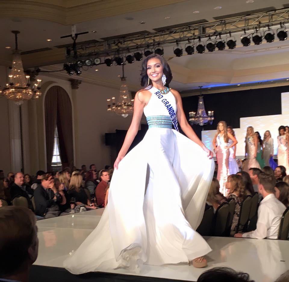 Sherri Hill White Size 2 Silk Halter Overskirt Tall Height Train Dress on Queenly