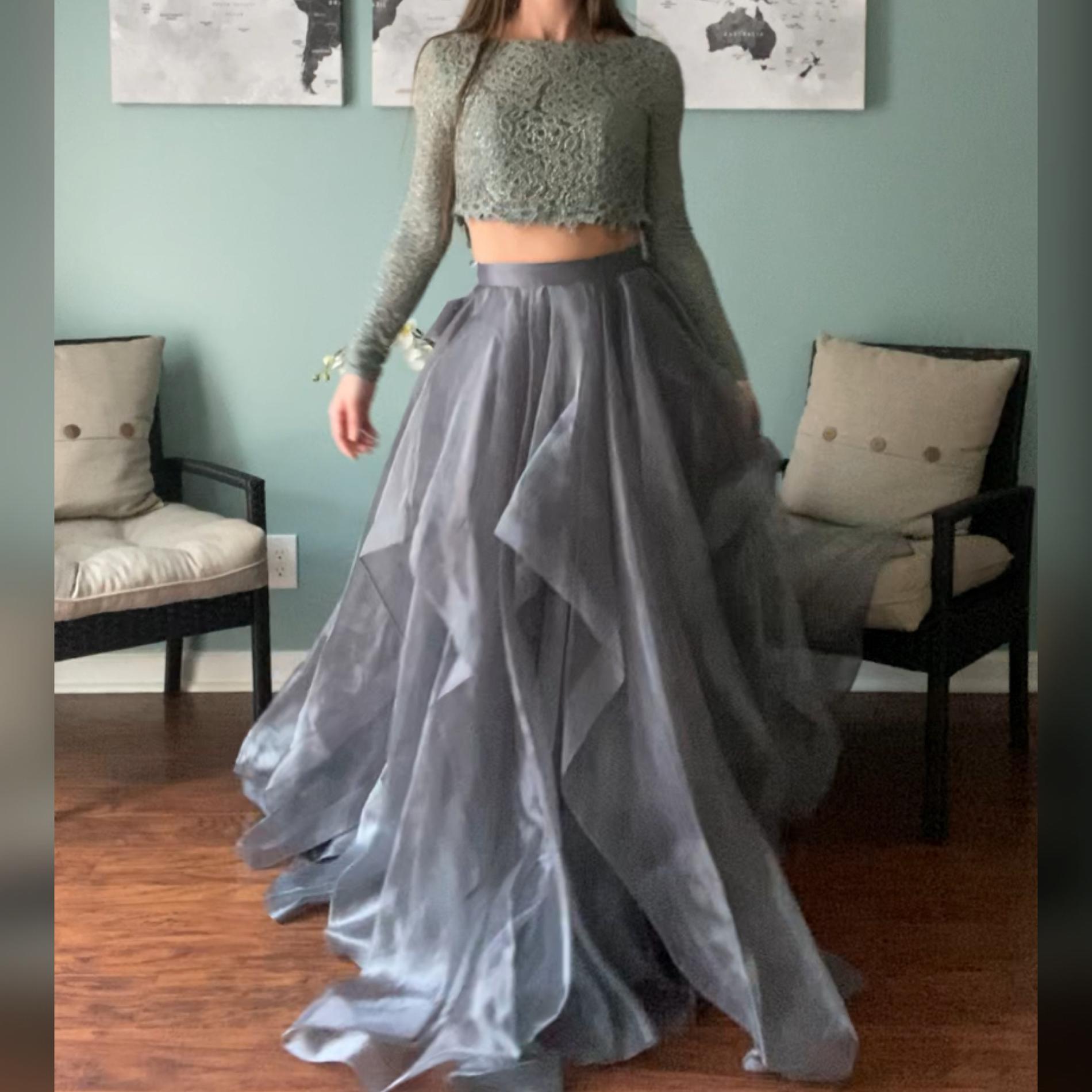 Splash Silver Size 0 Keyhole Ruffles Fun Fashion Mermaid Dress on Queenly
