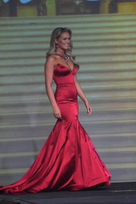 Queenly size 4 Sherri Hill Red Mermaid evening gown/formal dress