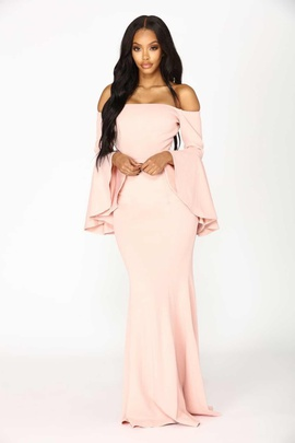 Queenly size 4 Fashion Nova Pink Mermaid evening gown/formal dress