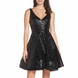 Mac Duggal Black Size 10 Cocktail Dress on Queenly