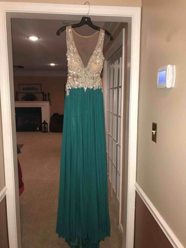 Green Size 2 A-line Dress on Queenly