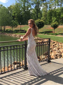 Jovani White Size 0 Wedding A-line Dress on Queenly