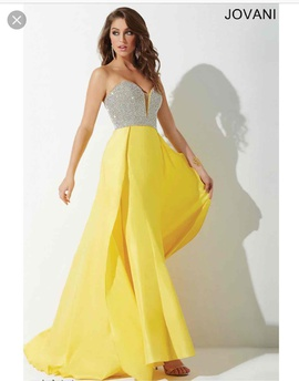 Jovani Yellow Size 6 Jovani A-line Dress on Queenly