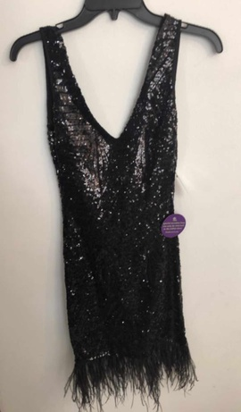 Windsor Black Size 0 Straight Dress on Queenly