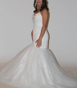 Sherri Hill White Size 2 Wedding Halter Mermaid Dress on Queenly