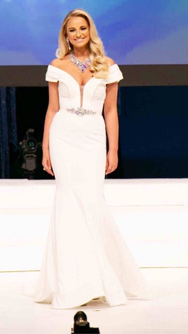 Johnathan Kayne White Size 4 Wedding Prom Mermaid Dress on Queenly