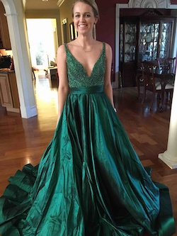 Sherri Hill Green Size 6 Red Ball gown on Queenly