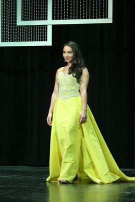 Queenly size 2 Mac Duggal Yellow Train evening gown/formal dress