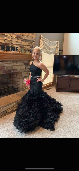 Sherri Hill Black Size 2 Prom Belt Mermaid Dress on Queenly