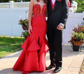 Sherri Hill Red Size 0 Prom Mermaid Dress on Queenly