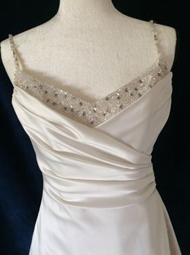 Maggie Sottero White Size 10 Sequin A-line Dress on Queenly