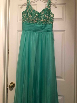 Alyce Paris Green Size 4 Ball gown on Queenly