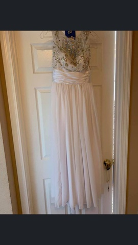 Queenly size 0 Gregory Ellenburg White Straight evening gown/formal dress