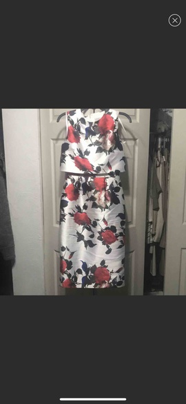 Mac Duggal Red Size 4 Homecoming Cocktail Dress on Queenly