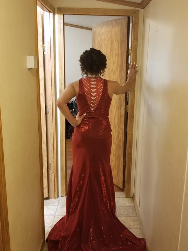 Tiffany Designs Red Size 6 Straight Dress on Queenly