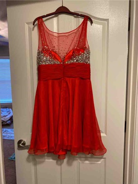 Mac Duggal Red Size 16 Homecoming Cocktail Dress on Queenly