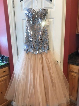 Queenly size 2 Sherri Hill Gold Mermaid evening gown/formal dress