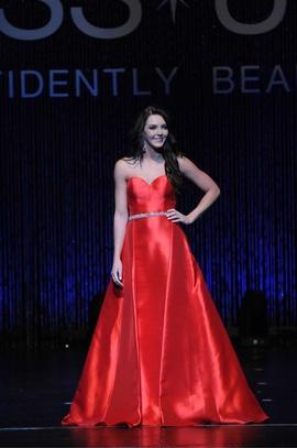 Ellie Wilde Red Size 2 Straight Dress on Queenly