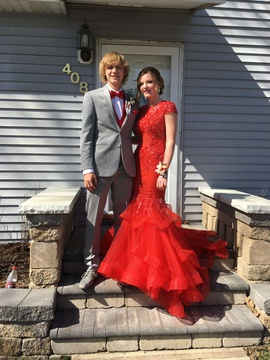 Jovani Red Size 4 Mermaid Dress on Queenly