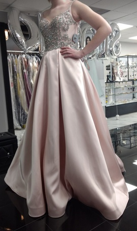 Mac Duggal Pink Size 2 Ball gown on Queenly