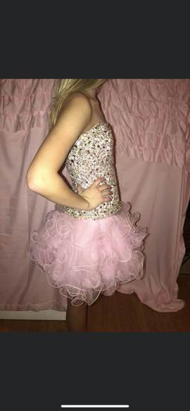 Sherri Hill Pink Size 4 Homecoming Cocktail Dress on Queenly