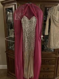 Jovani Gold Size 0 Train Side slit Dress on Queenly