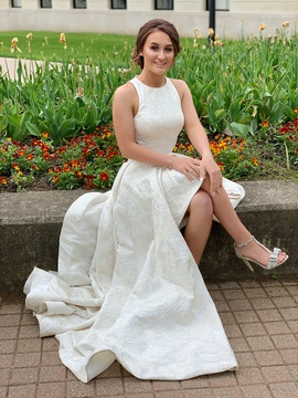 Queenly size 4  White Train evening gown/formal dress