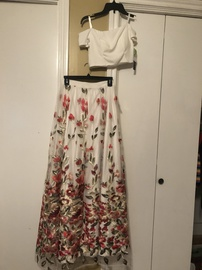 Queenly size 6  White Straight evening gown/formal dress