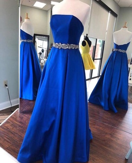 Mac Duggal Blue Size 2 Pockets Ball gown on Queenly