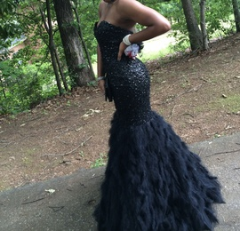 Queenly size 4 Jovani Black Mermaid evening gown/formal dress