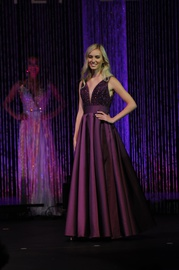 Queenly size 0  Purple Ball gown evening gown/formal dress