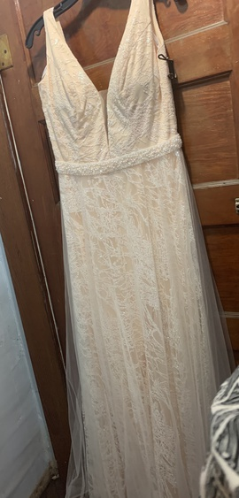 Ritzee Nude Size 12 Lace Straight Dress on Queenly