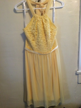 "Queenly size 6 ""b""""David's Bridal"""""" Yellow Straight evening gown/formal dress"