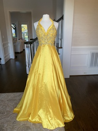 Queenly size 6 Tony Bowls Yellow Ball gown evening gown/formal dress