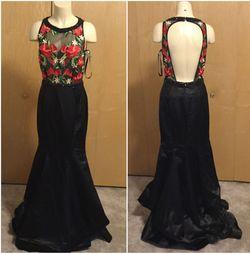 Mac Duggal Black Size 8 Prom Sheer Floral Mermaid Dress on Queenly