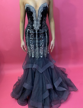 Ofseventy Black Size 2 Lace Sweetheart Jewelled Sequin Mermaid Dress on Queenly
