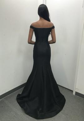 Jovani Black Size 2 Mermaid Dress on Queenly