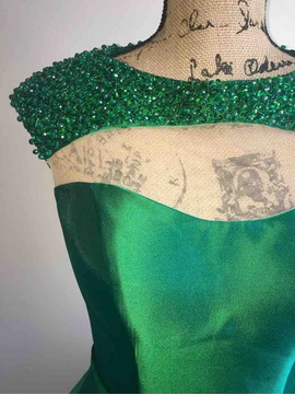 Mac Duggal Green Size 4 Homecoming Cocktail Dress on Queenly