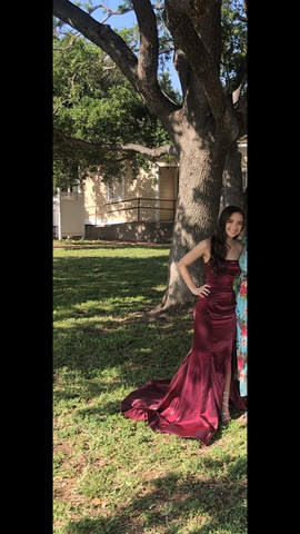 Queenly size 00 Sherri Hill Red Side slit evening gown/formal dress