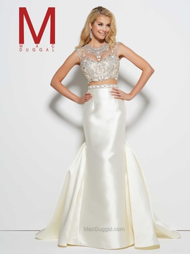 Queenly size 6 Mac Duggal White Mermaid evening gown/formal dress