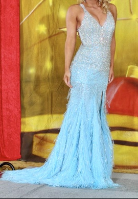 Queenly size 4 Mac Duggal Blue Train evening gown/formal dress