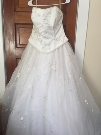 Queenly size 16 Bonny White Ball gown evening gown/formal dress