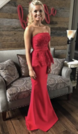 Sherri Hill Red Size 0 Lace Straight Dress on Queenly