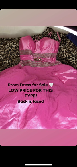 Pink Size 14 Ball gown on Queenly