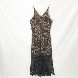 Dress the Population Black Size 4 Plunge V Neck Lace Romper/Jumpsuit Dress on Queenly