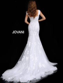 Jovani White Size 12 Lace Plus Size Train Dress on Queenly